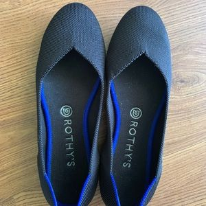 Rothy's size 8.5 black solid flats